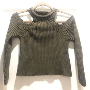 LF Rumor Cold Shoulder Crop Sweater Size Small